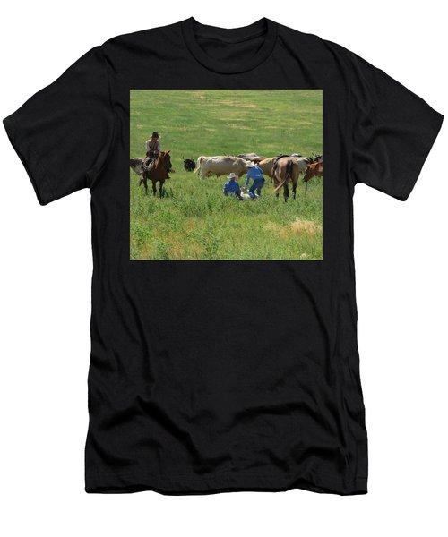 Calf Roping Men's T-Shirt (Athletic Fit)