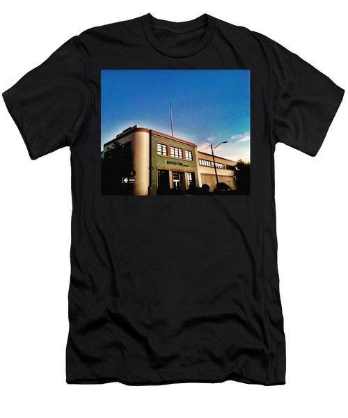 California Corner Men's T-Shirt (Athletic Fit)