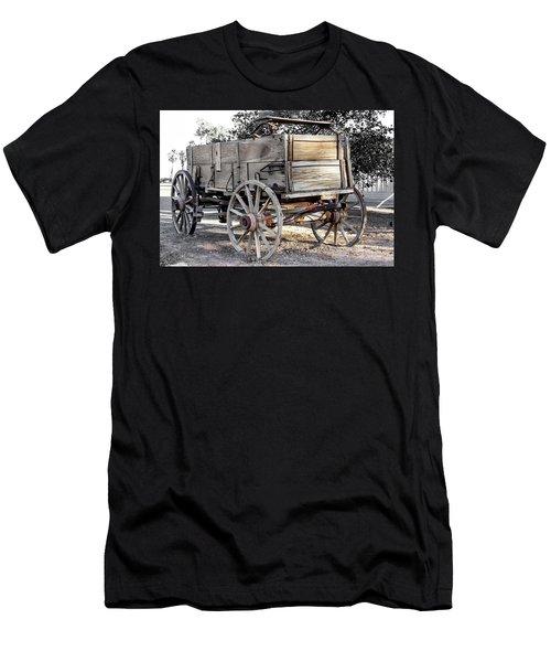 California Farm Wagon Men's T-Shirt (Athletic Fit)