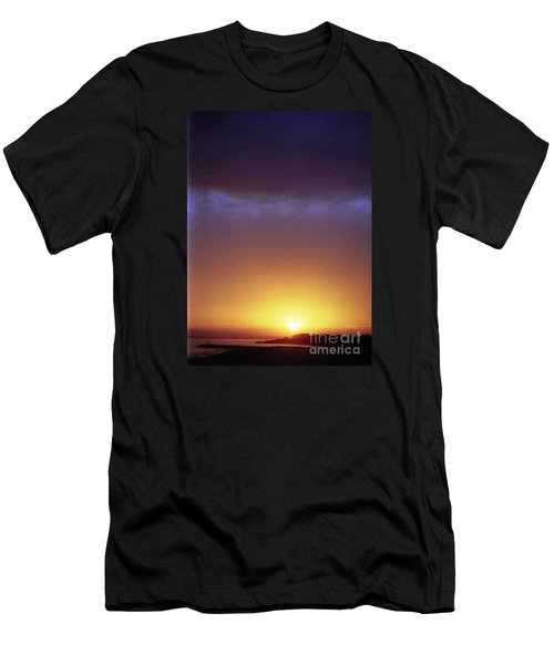 California Ocean Sunset Men's T-Shirt (Athletic Fit)