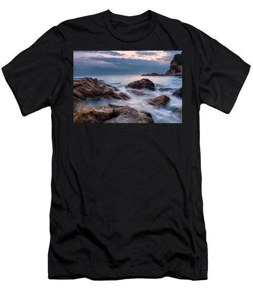 Calignaia Men's T-Shirt (Athletic Fit)