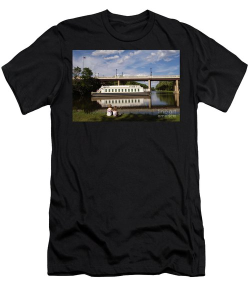 Canal Boat  Men's T-Shirt (Athletic Fit)