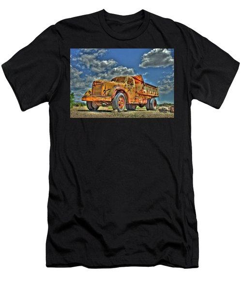 Canyon Concrete 3 Men's T-Shirt (Athletic Fit)