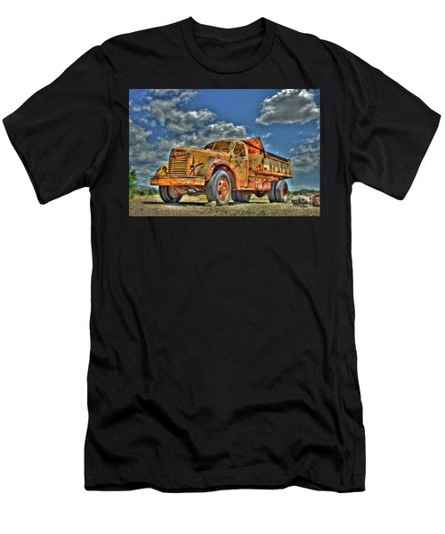 Canyon Concrete 3 Men's T-Shirt (Athletic Fit)