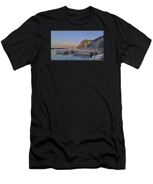 Capri- Harbor Boats Men's T-Shirt (Athletic Fit)