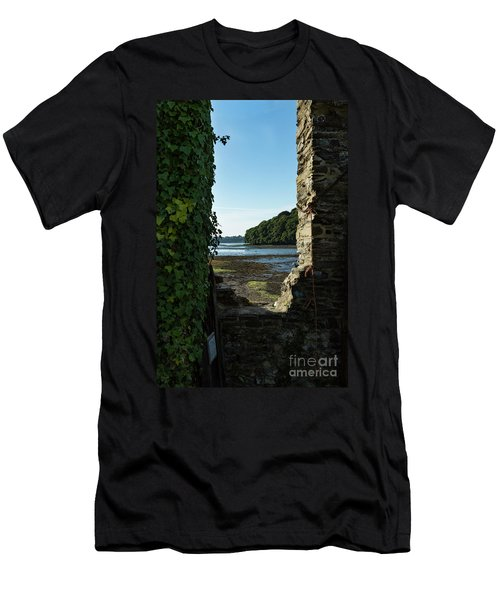 Photographs Of Cornwall Carnon Mine Window Men's T-Shirt (Athletic Fit)