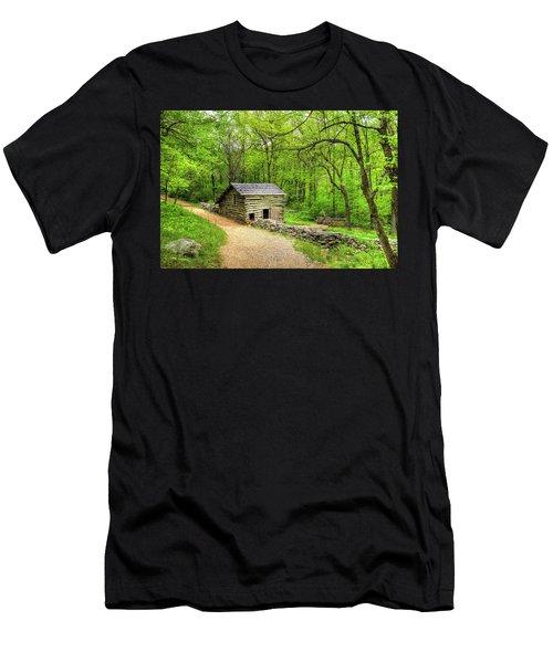Carter Farm Barn Men's T-Shirt (Athletic Fit)