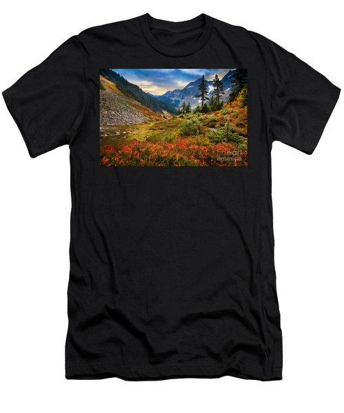 Cascade Pass Fall Men's T-Shirt (Athletic Fit)