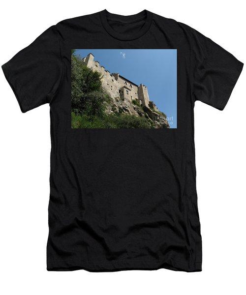 Castelbel Men's T-Shirt (Athletic Fit)