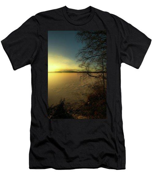 Catch The Light Men's T-Shirt (Athletic Fit)