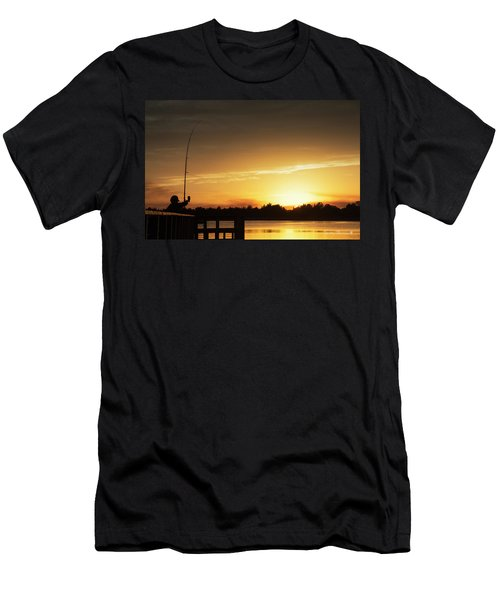 Catching The Sunset Men's T-Shirt (Athletic Fit)
