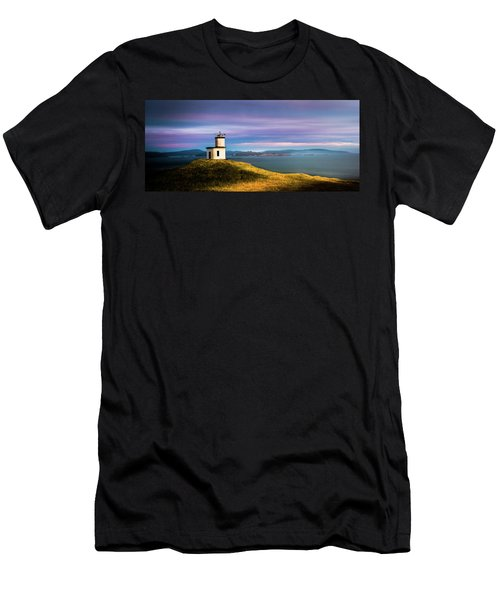 Cattle Point Lighthouse Men's T-Shirt (Athletic Fit)