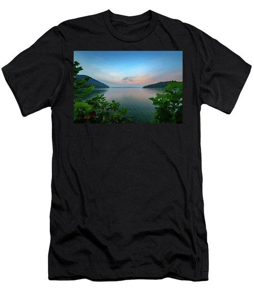 Cave Run Morning Men's T-Shirt (Athletic Fit)