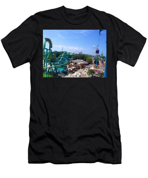 Cedar Point Amusement Park Men's T-Shirt (Athletic Fit)