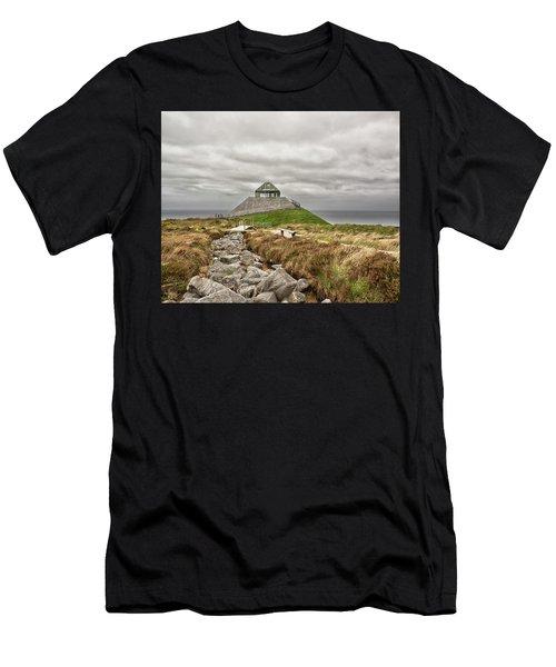 Ceide Men's T-Shirt (Athletic Fit)