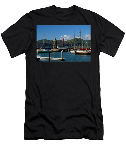 Center Piece Men's T-Shirt (Athletic Fit)