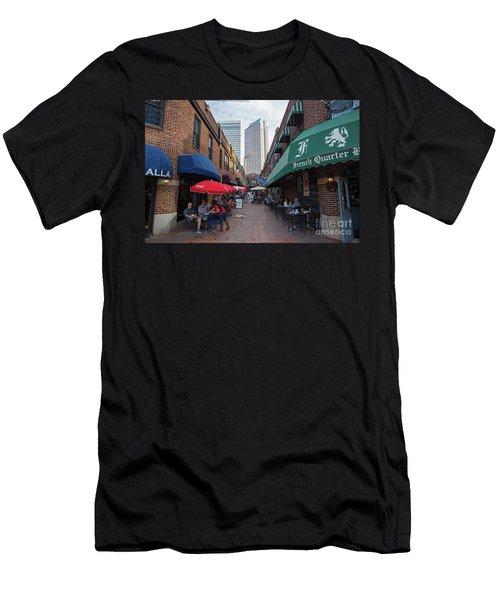 Charlotte, North Carolina Men's T-Shirt (Athletic Fit)