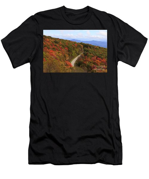 Cherohala Skyway In Nc Men's T-Shirt (Athletic Fit)