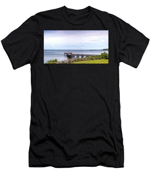 Chesapeake Bay Maryland Panorama Men's T-Shirt (Athletic Fit)