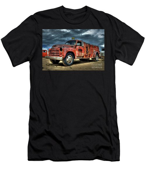 Chevrolet Fire Truck Men's T-Shirt (Athletic Fit)