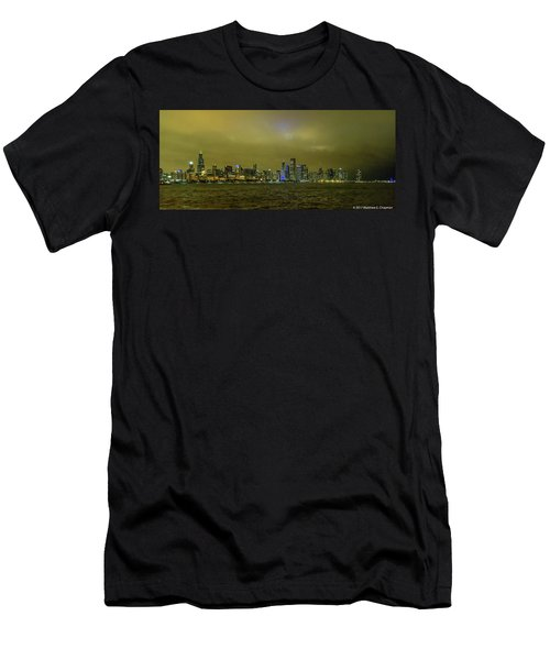 Chicago Skyline Men's T-Shirt (Athletic Fit)