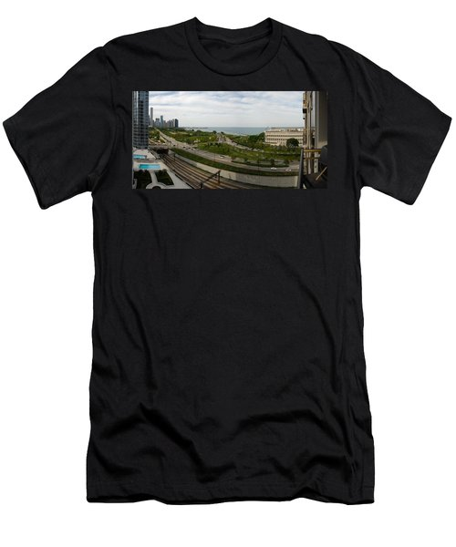 Chicago Skyline Showing Monroe Harbor Men's T-Shirt (Athletic Fit)