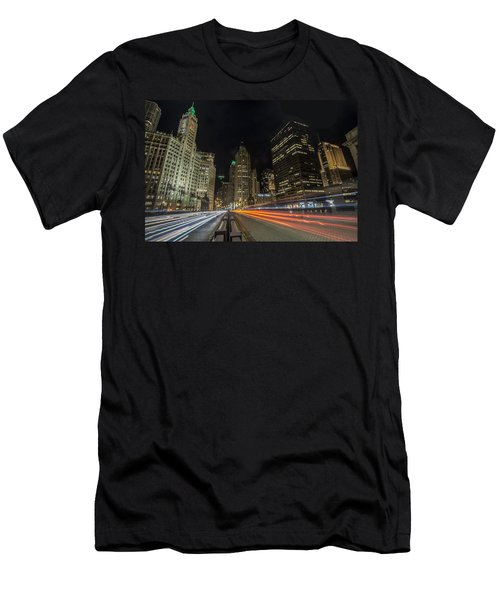 Chicago's Mag Mile Night Streaks Men's T-Shirt (Athletic Fit)