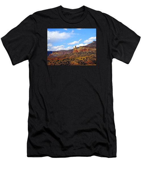 Chimney Rock Ghost Ranch New Mexico Men's T-Shirt (Athletic Fit)