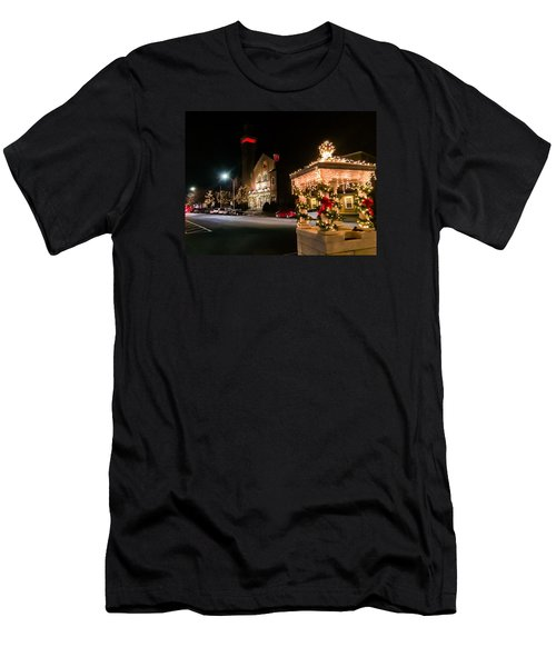 Christmas On Main Street Easthampton Men's T-Shirt (Athletic Fit)
