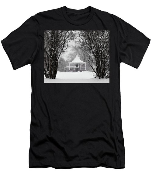 Christmas Season In The Park Men's T-Shirt (Athletic Fit)
