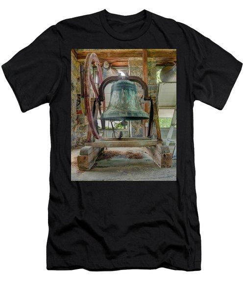 Church Bell 1783 Men's T-Shirt (Athletic Fit)
