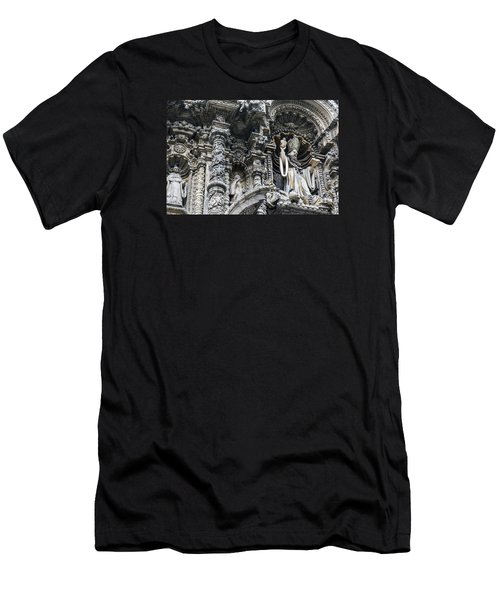 Church In Lima Men's T-Shirt (Athletic Fit)