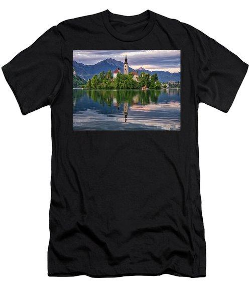 Church Of The Assumption. Men's T-Shirt (Athletic Fit)