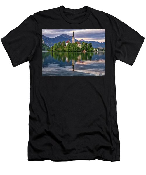 Church Of The Assumption. Men's T-Shirt (Athletic Fit)