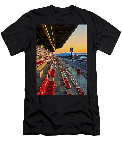 Circuit De Catalunya - Barcelona  Men's T-Shirt (Athletic Fit)
