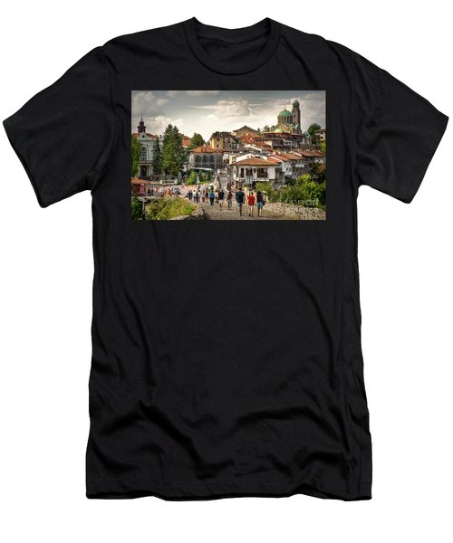 City - Veliko Tarnovo Bulgaria Europe Men's T-Shirt (Athletic Fit)