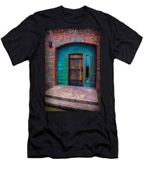 Clam Cannery Door Men's T-Shirt (Athletic Fit)