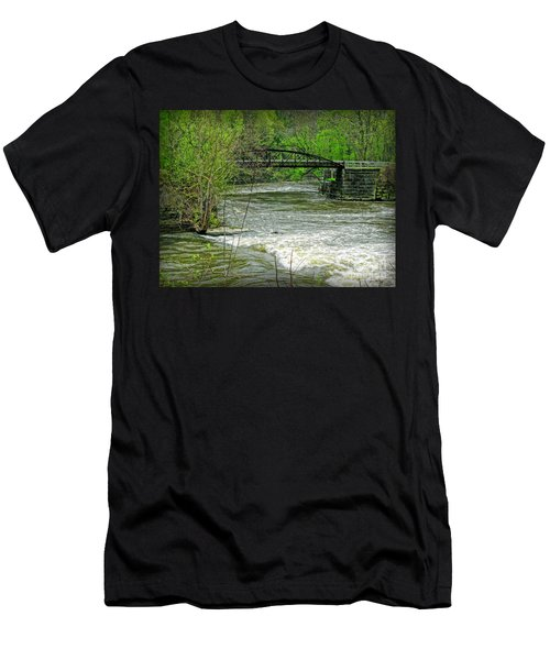 Cleveland Metropark Bridge Men's T-Shirt (Athletic Fit)