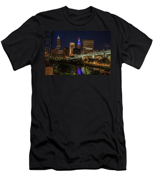 Cleveland Nightscape Men's T-Shirt (Athletic Fit)