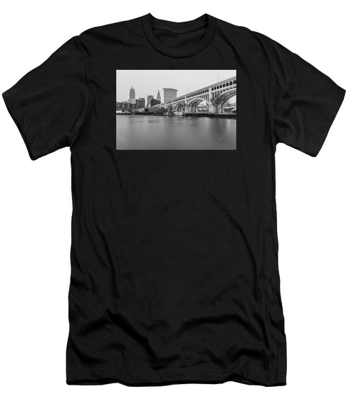 Cleveland Skyline In Black And White  Men's T-Shirt (Athletic Fit)