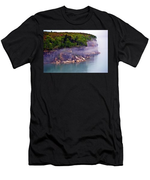 Cliff Fog Men's T-Shirt (Athletic Fit)