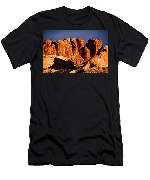 Cliffs In Valley Of Fire State Park, Nv Men's T-Shirt (Athletic Fit)