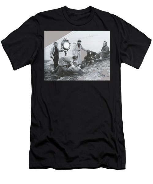 Clifton Young And Bogie Fight To The Death Dark Passage 1947-2016 Men's T-Shirt (Athletic Fit)