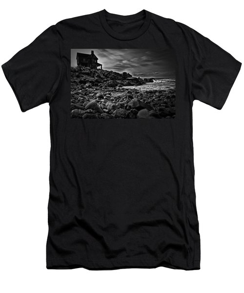 Coastal Home  Kennebunkport Maine Men's T-Shirt (Athletic Fit)