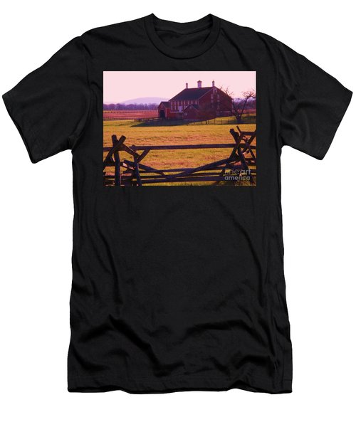 Codori Barn Gettysburg Men's T-Shirt (Athletic Fit)