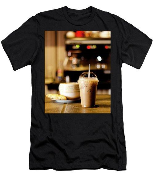 Coffee Bar Atmosphere Men's T-Shirt (Slim Fit)