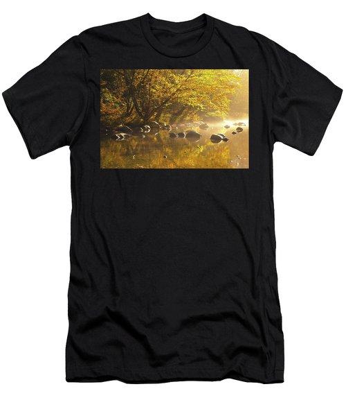Cold River Men's T-Shirt (Athletic Fit)