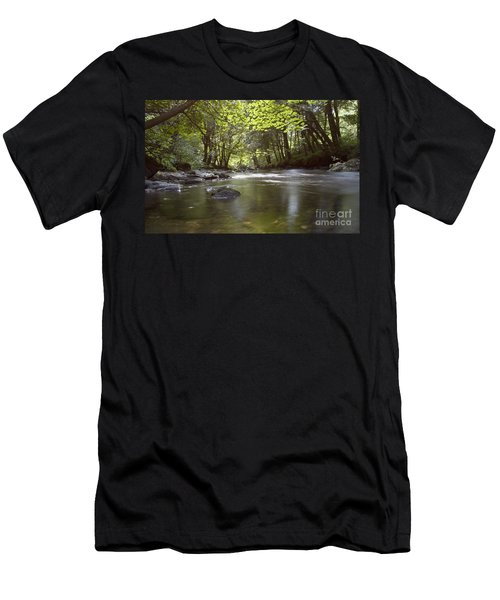 Colligan River 2 Men's T-Shirt (Athletic Fit)