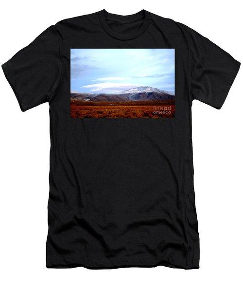 Colorado Mountain Vista Men's T-Shirt (Athletic Fit)