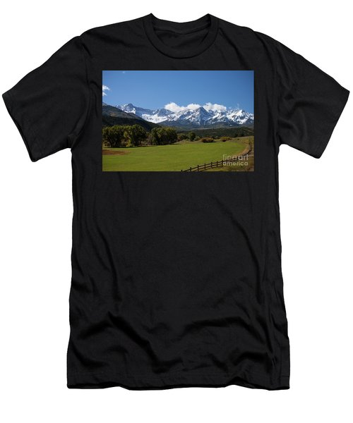 Colorado Ranch Men's T-Shirt (Athletic Fit)